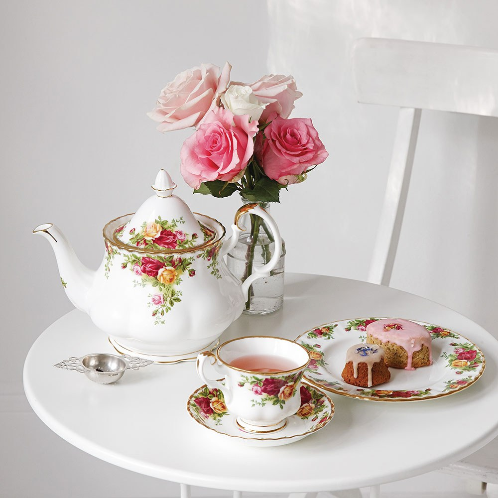 Old Country Roses Teaware & Giftware Sale