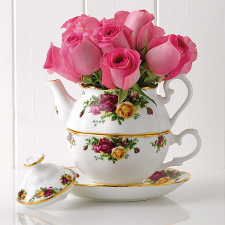Old Country Roses Tea For One