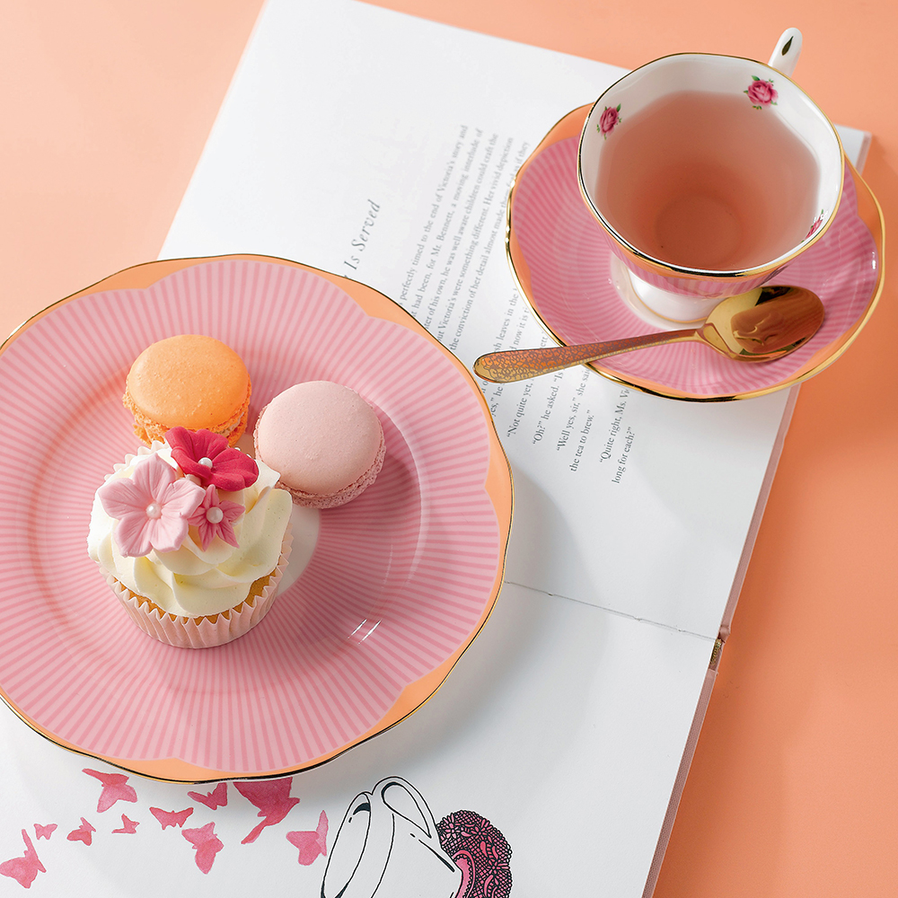 Candy Collection Sweet Stripe Teacup Saucer 20cm Plate