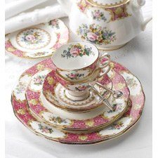 Royal Albert Lady Carlyle 11 Piece Teaset